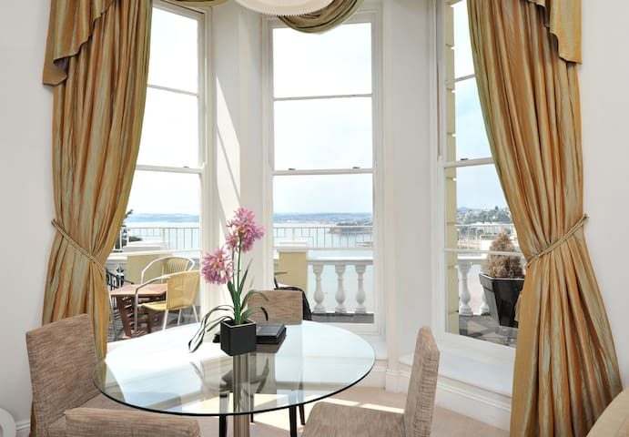 8 Astor House grand one bed ground floor apartment with balcony and spectacular sea views