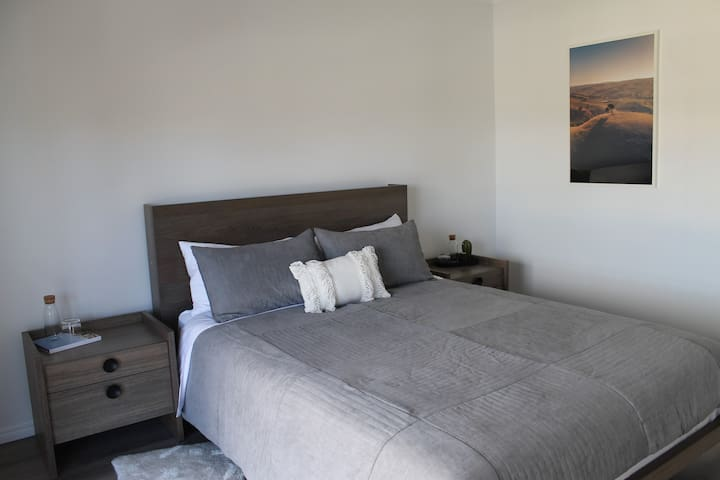 [Upstairs] Bedroom 1