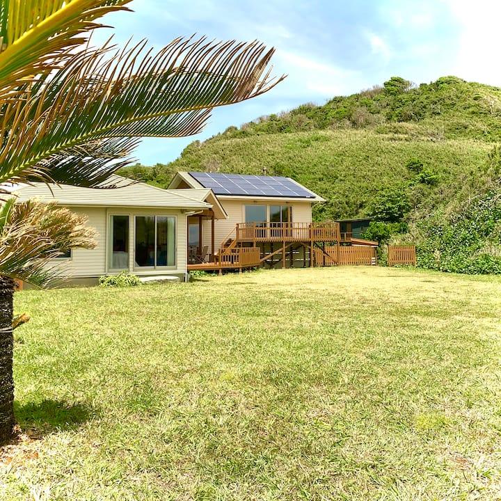 Ship Rock Point〜Ocean Front House & Garden(国定公園内)