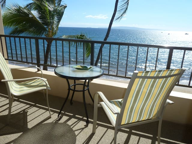 Sugar Beach Resort, ocean front - Kihei - Condominium