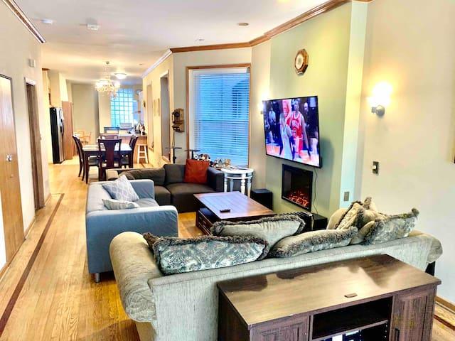 Master Bedroom near IIT, McCormick PL, free parkin
