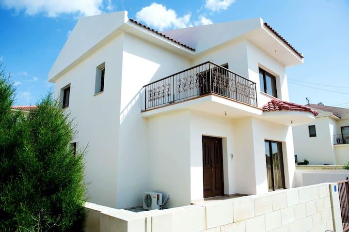 Sunset Valley House. Larnaca tourictic area