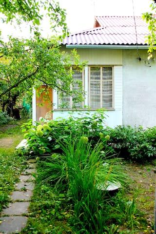 Очень свежий воздух на ДАЧЕ недалеко от Москвы - Krasnoarmeysk - Haus