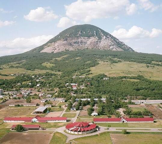 Locale i Montagnia MRV Caucas