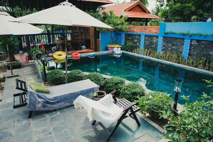 Riverside& beach nearby Sunset Garden- Double room