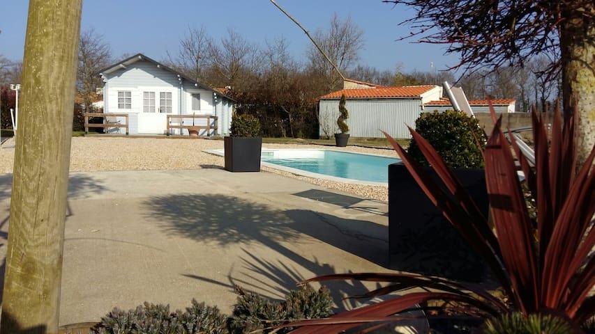 Chalet tout confort 24km des plages - La Garnache