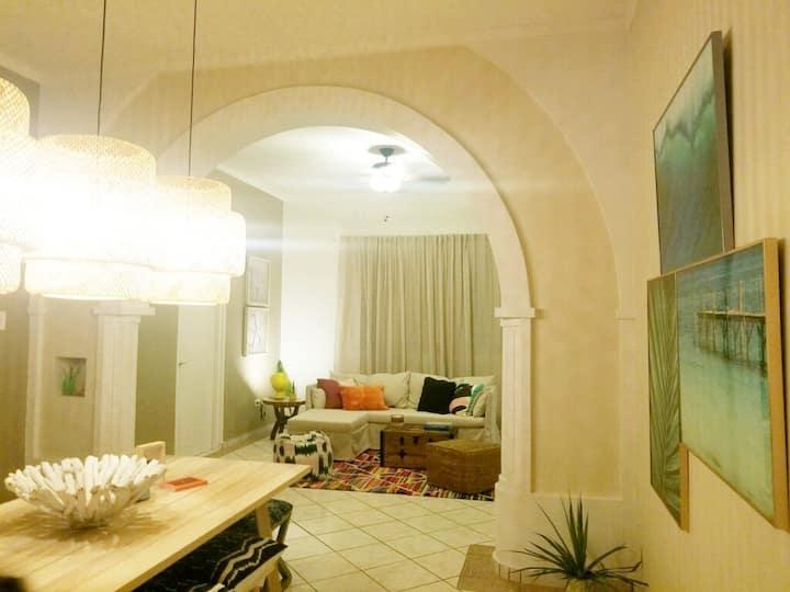 Surfer-Hip Family Friendly Home - Casa Alegre