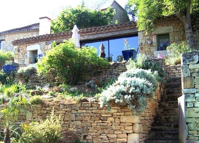 LA MAISON DE CHARME DE LA CONTEUSE - Les Arques - Guesthouse