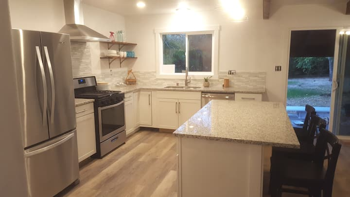 Close location Recently Updated, Bright, Near Town