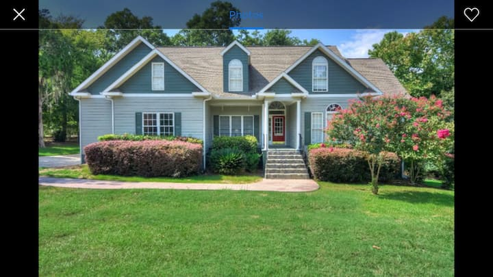 Masters  -large rooms & deck & hot tub & golf cart
