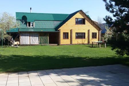 Дом -бунгало в центре города - Kostroma - House