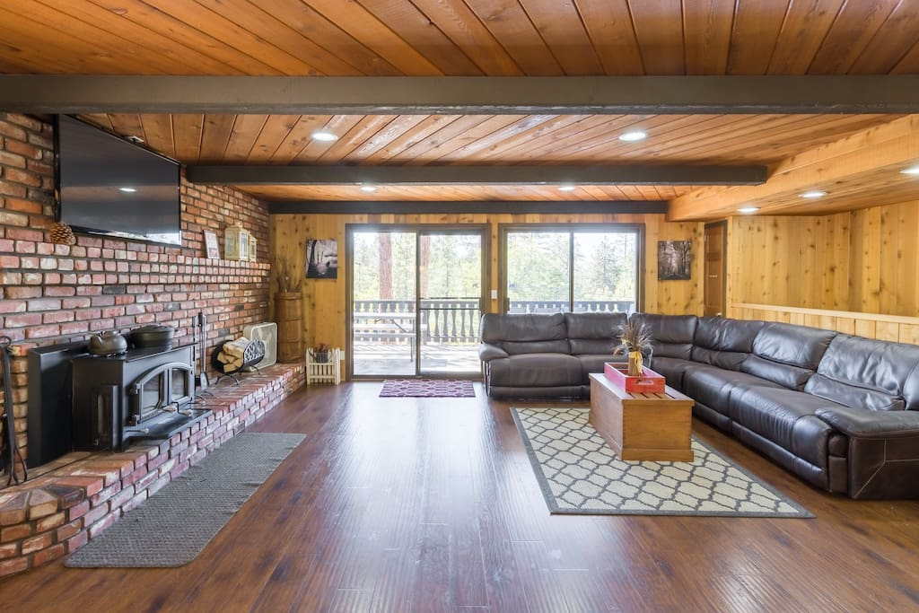 Space for the entire family. Wood Burning Log fireplace.