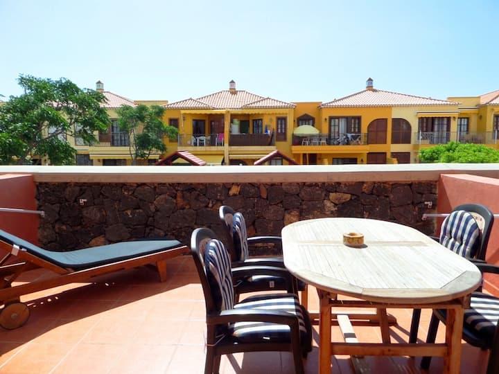 Beautiful Apartment / Large terrace / 2 bedrooms
