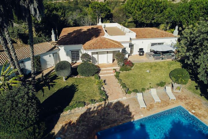Exquisite Algarve Family Villa Retreat