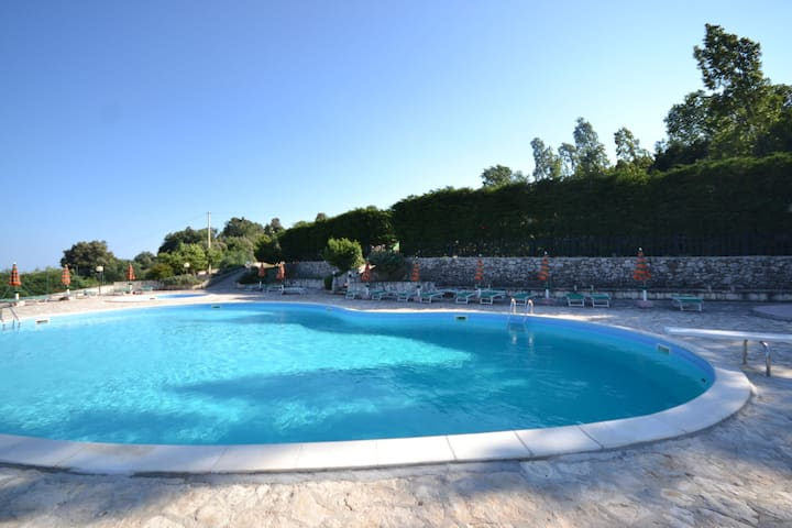 Holiday Home in Mattinata with Pool, Tennis Court & Bikes