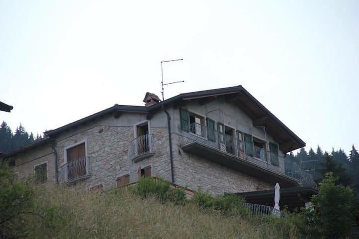 Casa a 2 piani a Asiago (Mezzaselva)