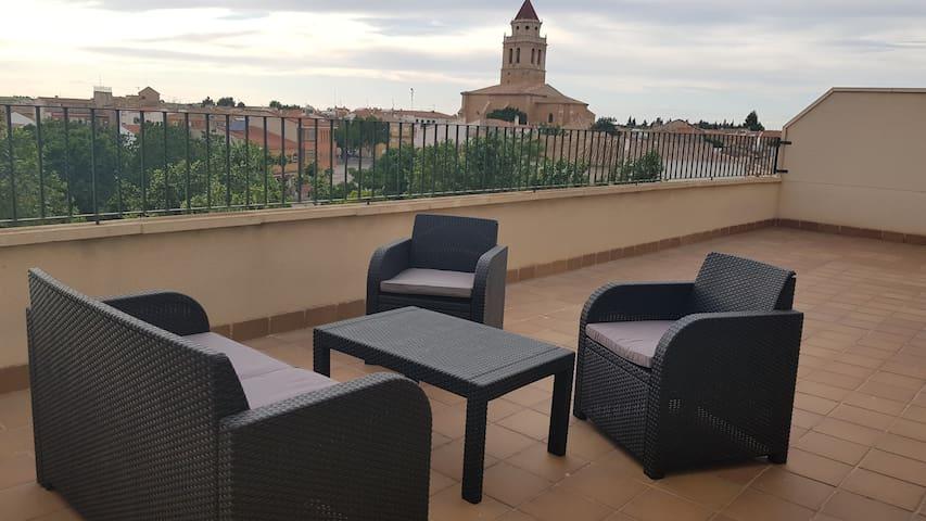 BONITO ATICO EN EL CENTRO DE MAHORA!!