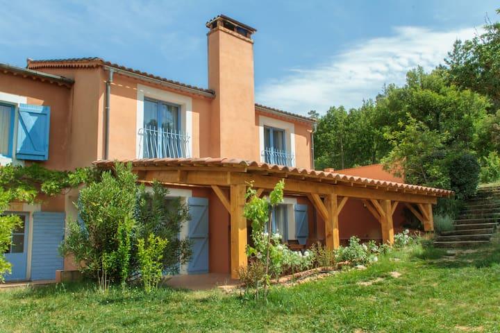 Gite du Romarin 4-9 pers Piscine chauffée - Châteauvert - Apartment