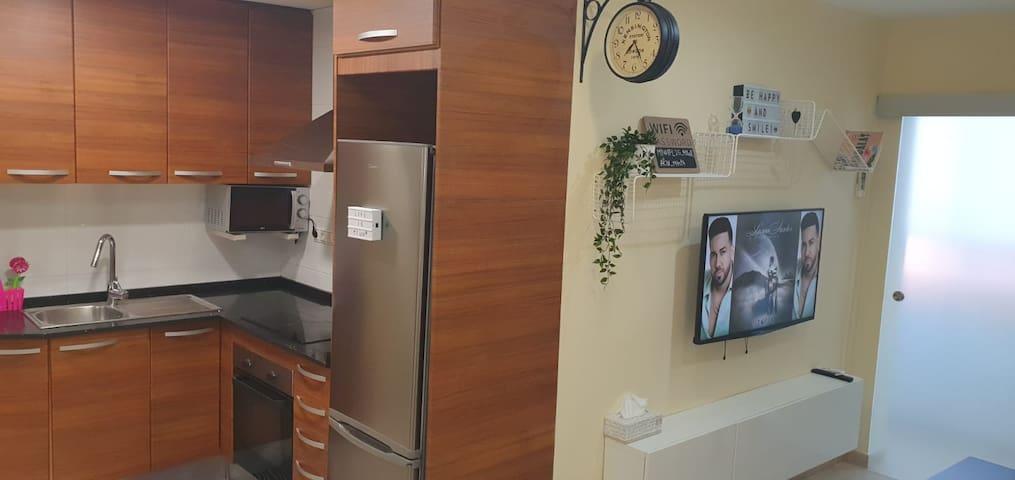 BADAMAR HOUSE A 20 MINUTOS DE BARCELONA CENTRO