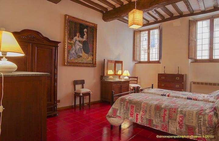 Appartement historique des années 1400