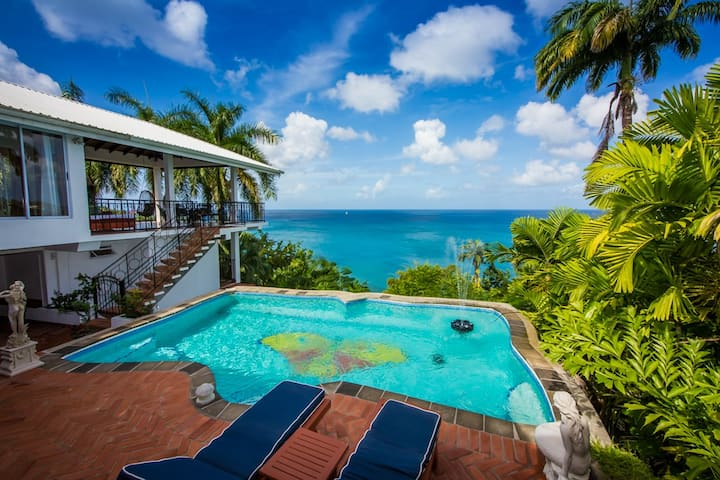 Butterfly Beach House+ Honeymoon Suite,  La Toc