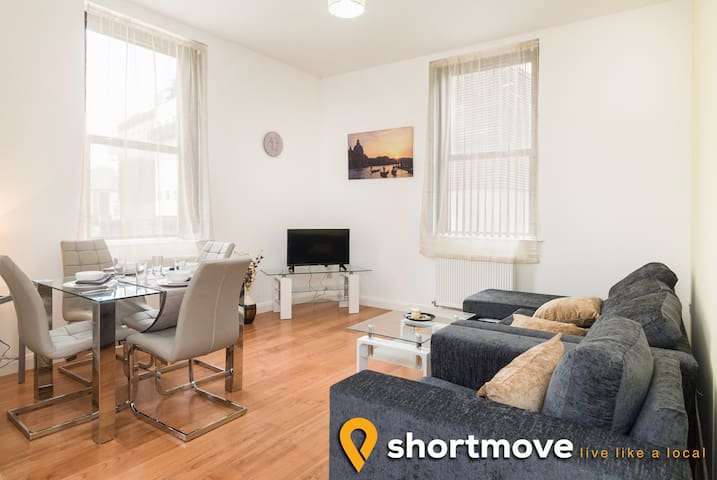 Norfolk House | B | Shortmove