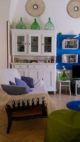 Casa vacanza a Lizzanello Salento 5 km da Lecce - Lizzanello - Dům