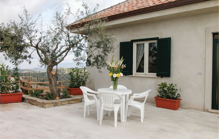 Holiday cottage with 2 bedrooms on 70m² in Castellabate SA