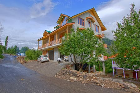 Country Cottage Manali, Luxury Cozy - Kullu
