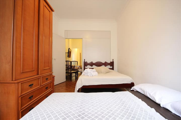 Domingos 801 A | WI-FI | 1 room | 6 pax