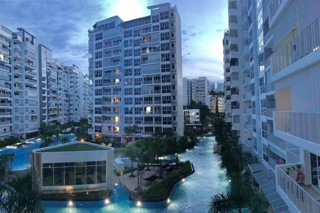 Fantastic Pool View