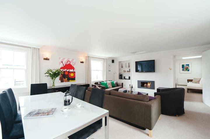 Stylish Luxurious Very Central Bath Apartment