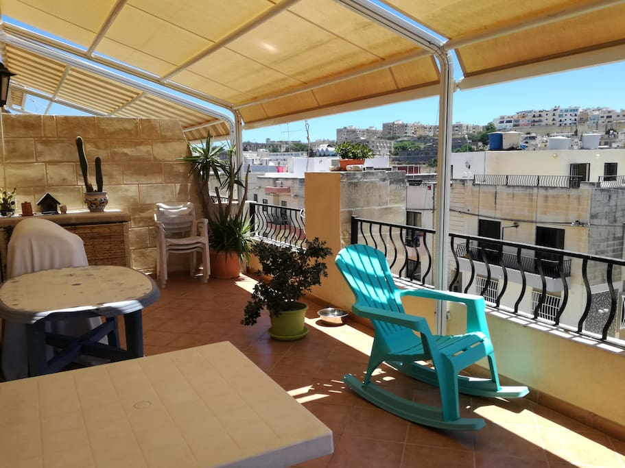 Large terrace for sunbathing, breakfasts and dinners