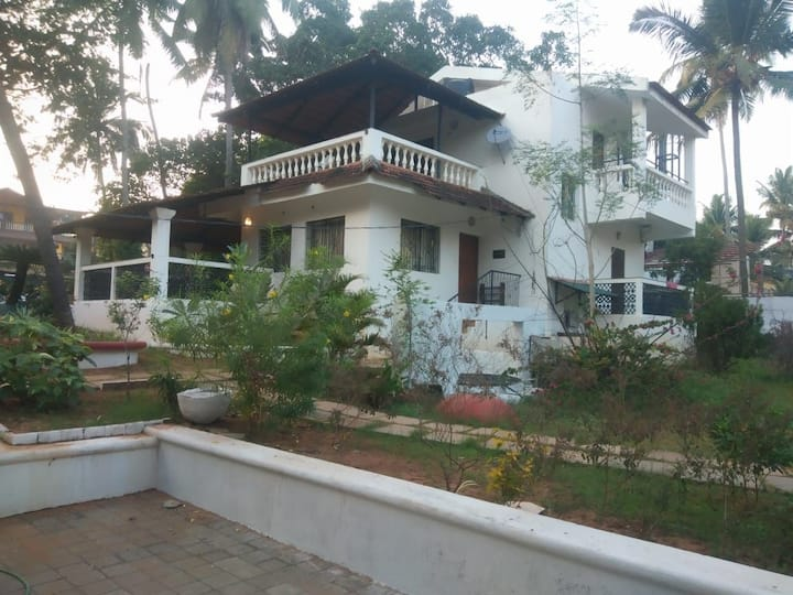 3Bhk Villa without pool in candolim near beach