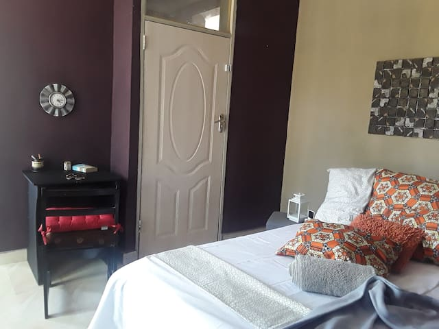 Unik Luxury Chudleigh Guest  Apartment