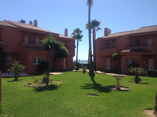 Frontline 4 Bedroom House,Costa Del Sol,Andalucia