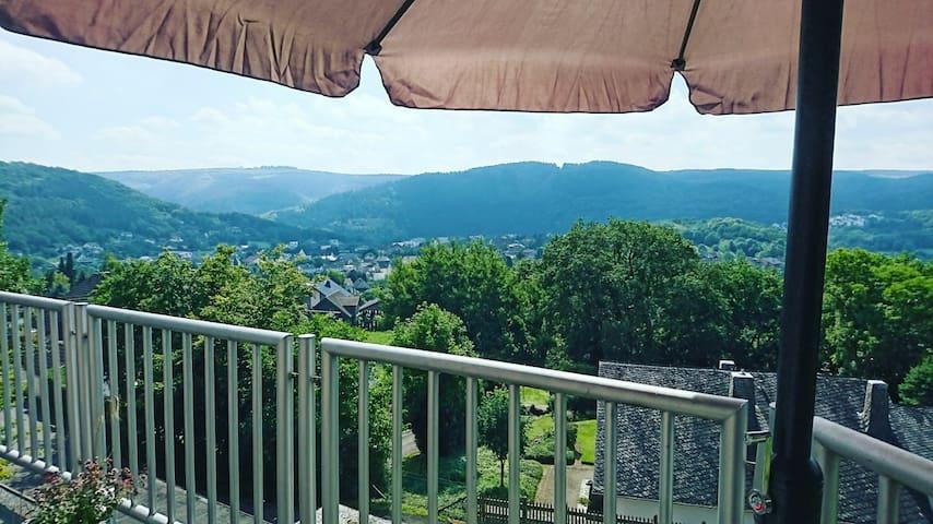 Vakantiewoning met prachtig uitzicht over het dal!