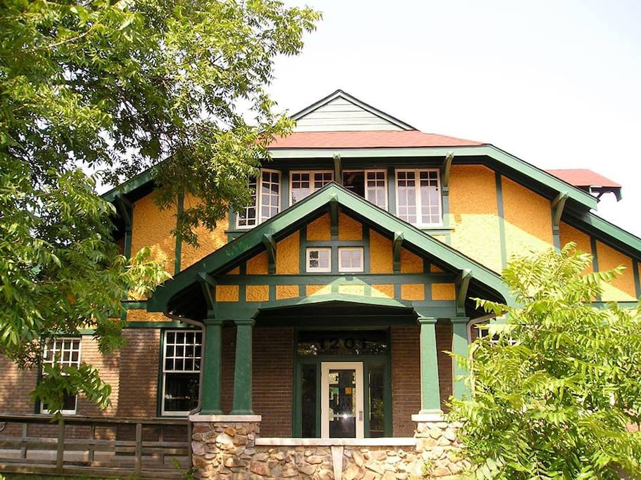 The front of the Firehouse Hostel & Museum