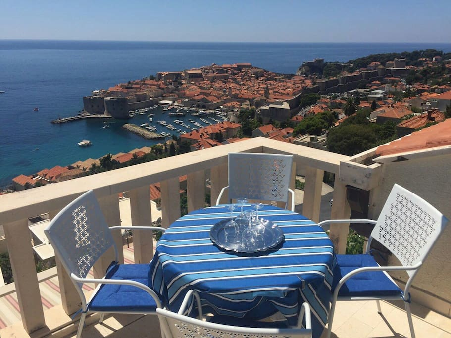 Stunning view of Dubrovnik Old town - Apartments for Rent ...