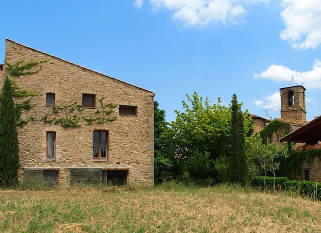Charming house in Empordà (Girona) - Galliners - Casa