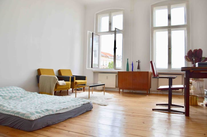 Cozy and bright 50m² room in Kreuzberg