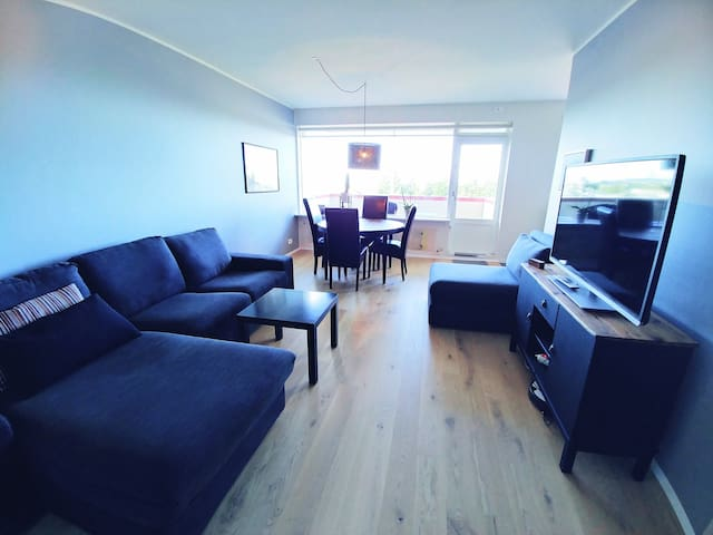 Cozy apartment with a great view near park