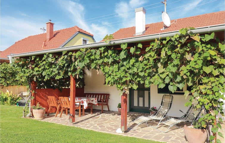 Holiday cottage with 1 bedroom on 35m² in Winten
