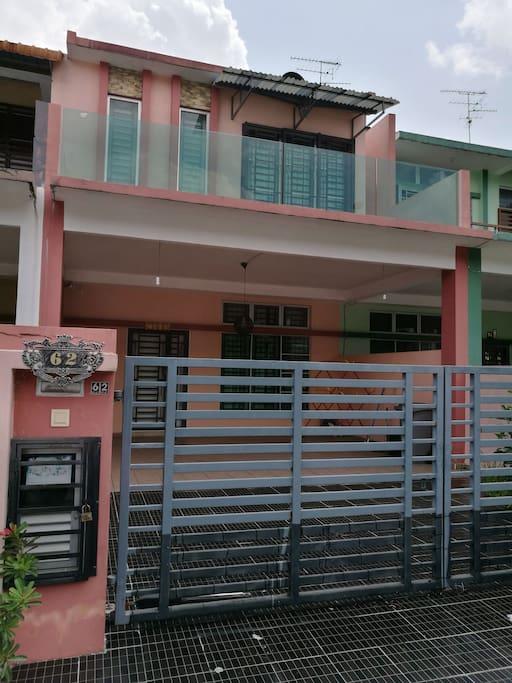 Main gate -62 Jalan Sentral