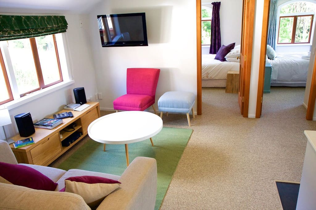 Cosy lounge area with netflix on flat screen TV and hifi with mobile phone connection so you can play your own tunes!