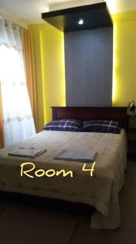 Gerry's inn room 4
