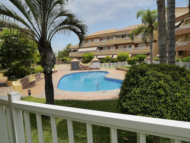 Private double room in cozy, calm apartament. - Puerto de la Cruz - Dom