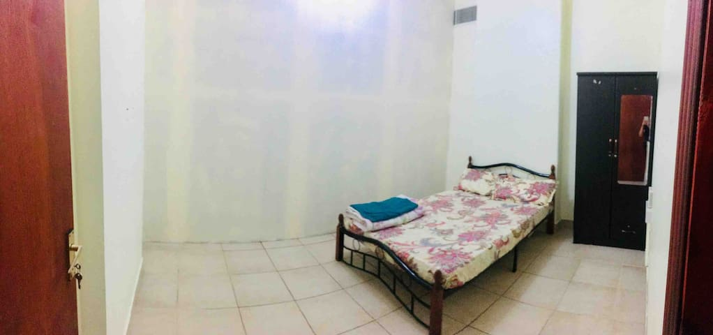 Room For rent in Abu Dhabi for Filipino