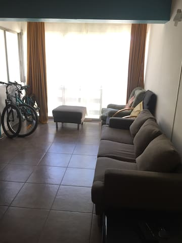 Habitación privada +wifi+laundry+key