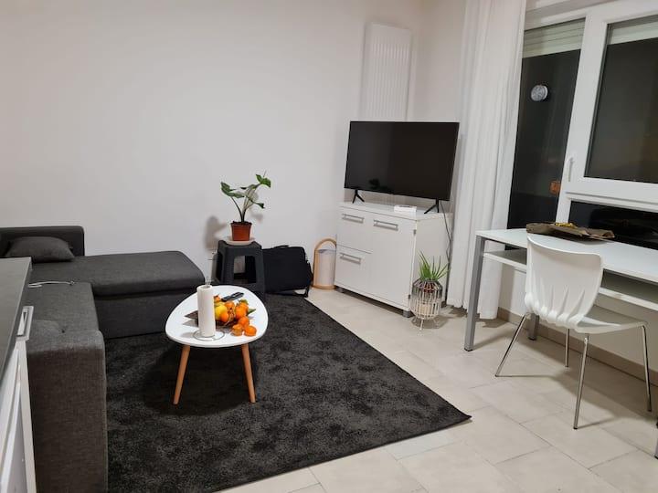 Studio meublé neuf